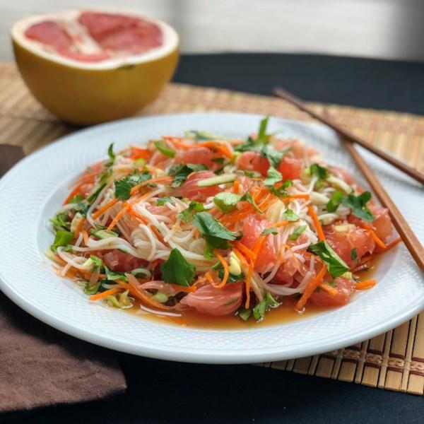 Salada de Pomelo com Arroz Vermicelli Receita