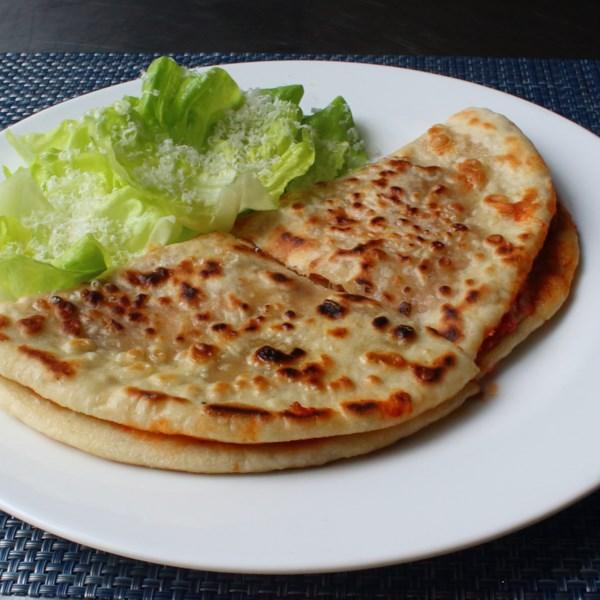 Receita de Pizzadilla (Sanduíche de Pizza Grelhada)