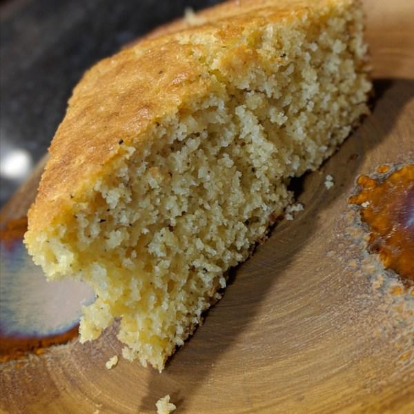 Receita de Pão de Milho de Ferro Fundido de Pimenta