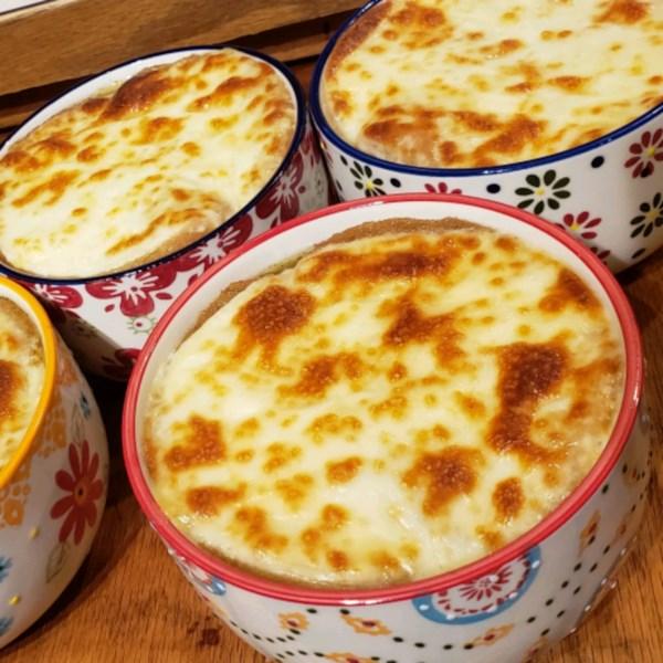 Receita de Sopa de Cebola Francesa Americana