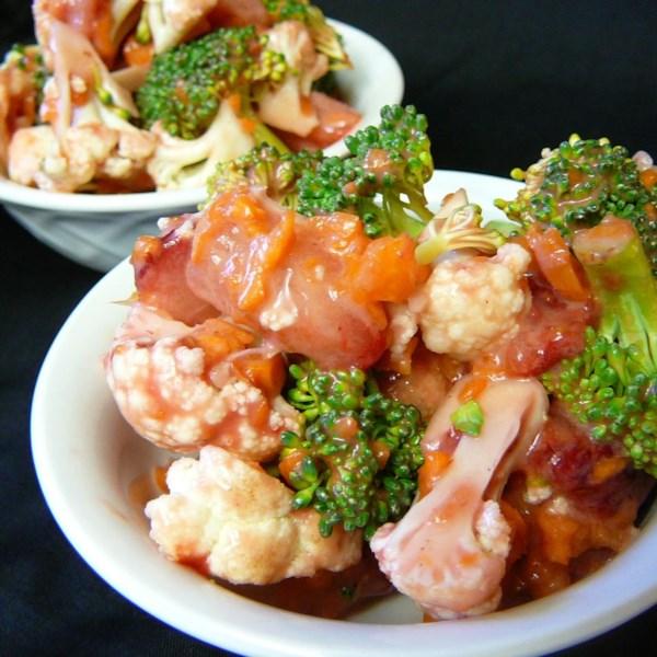 Receita de Salada de Broco-Flor de Morango