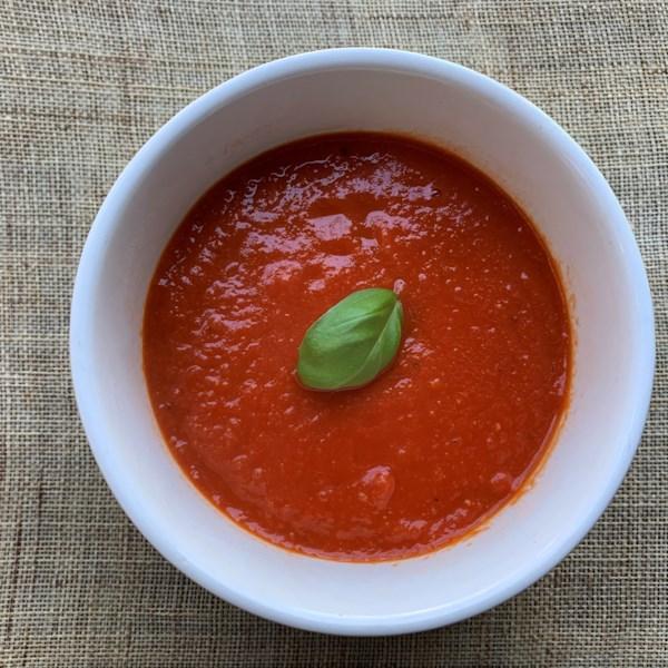Receita de Sopa de Tomate Simples