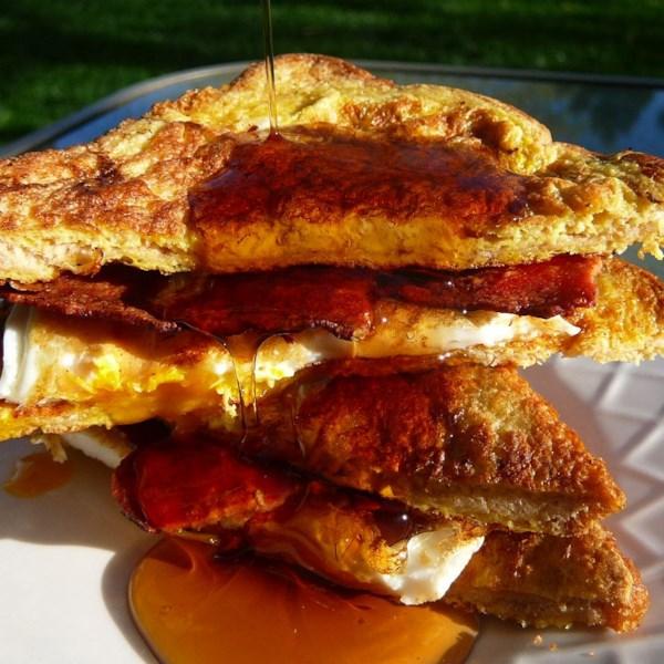 Receita de Sanduíche de Ovo Francês e Bacon