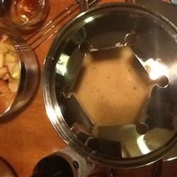 Receita de Fondue de Queijo de Cerveja