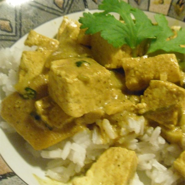 Mangas indianas de curry quente com receita de tofu