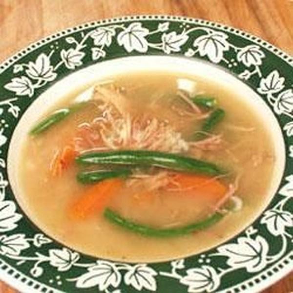 Receita de Sopa de Carcaça de Peru da Tia Wanda