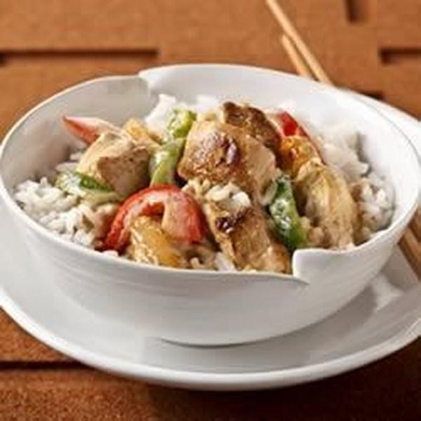 Receita de Frango e Arroz De Curry Tailandês