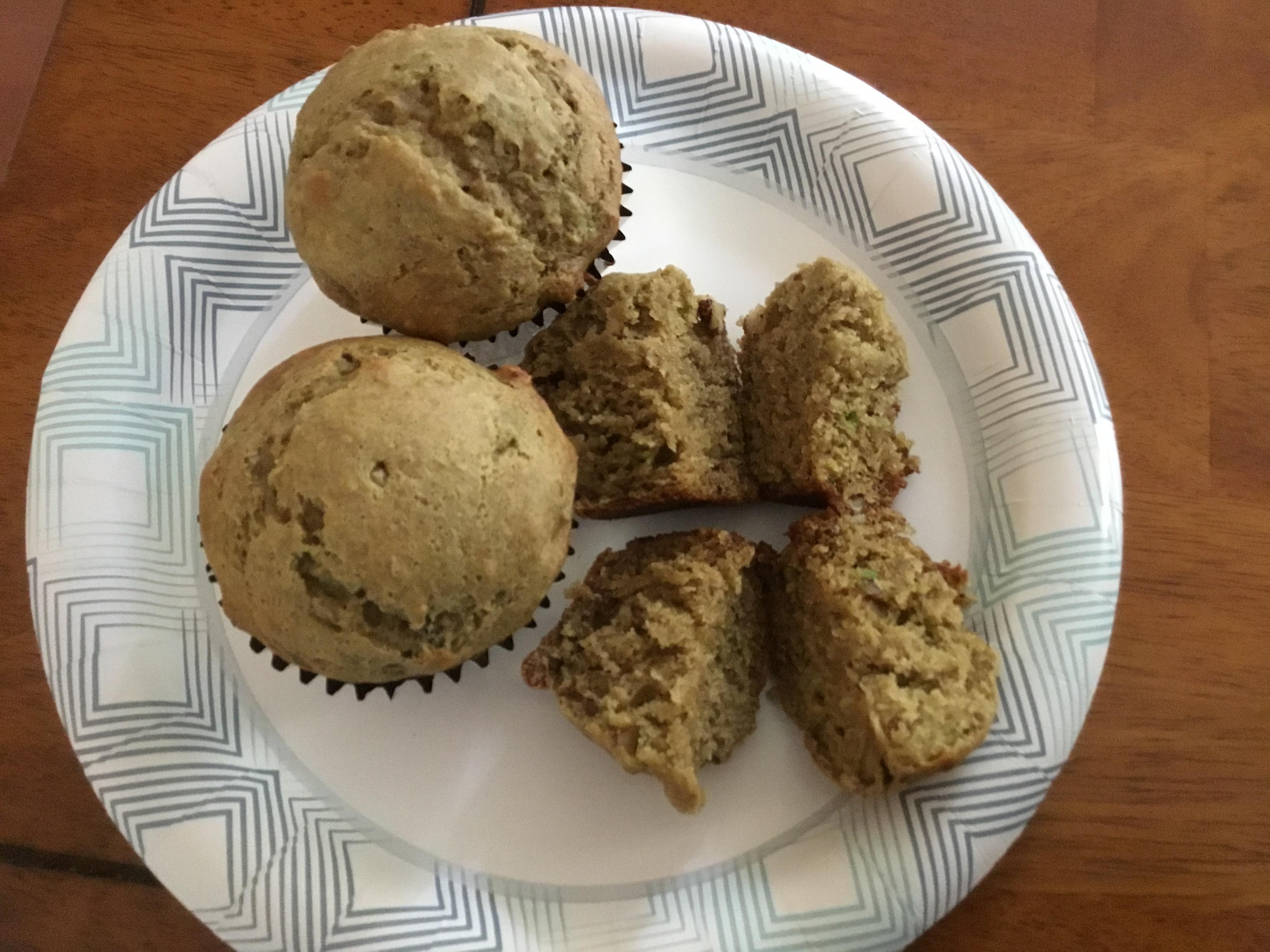 Receita de Muffins de Abacate-Banana-Nozes