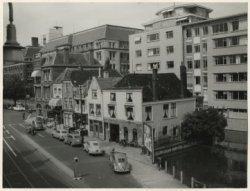 Scheveningseveer, gezien naar de Hogewal en Kortenaerkade; vervaardiger: Meyer, Fotoburo; 1956