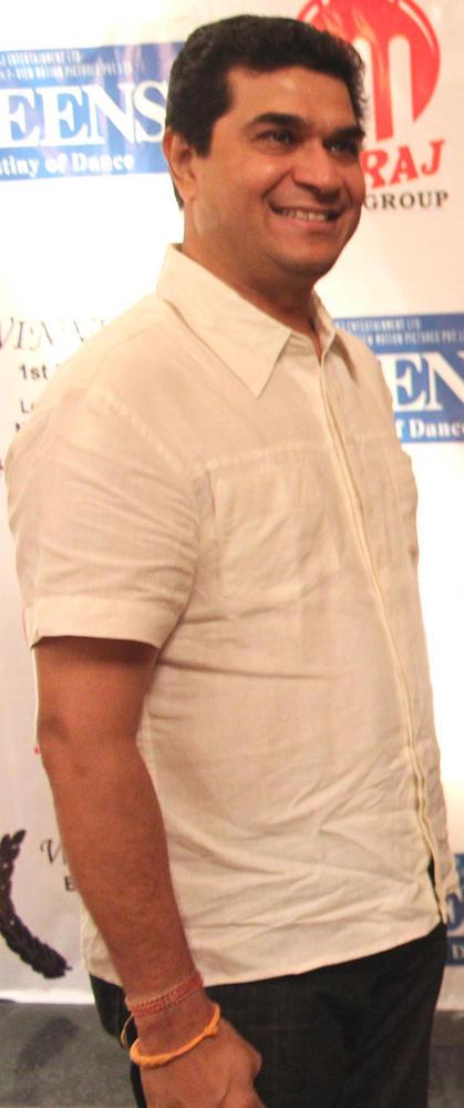 Ashuu Trikha at Los Angeles Movie Awards 2012