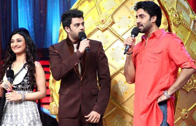 Manish,Ragini and Abhishek at Jhalak Dikhla Jaa Season 5