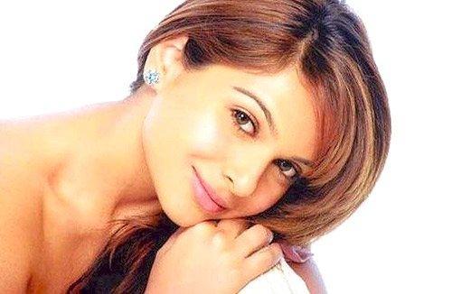 Mrinalini Sharma Hot Gorgeous Still