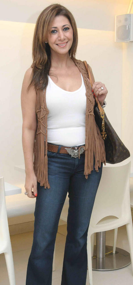 Rukshana Eisa Looks Hot In White Tops and Blue Jeans