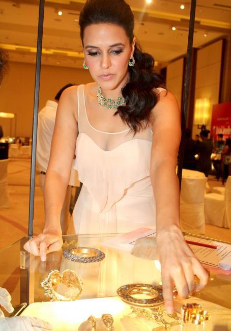 Neha Dhupia at 8th Annual Gemfields RioTinto Retail Jeweller India Awards