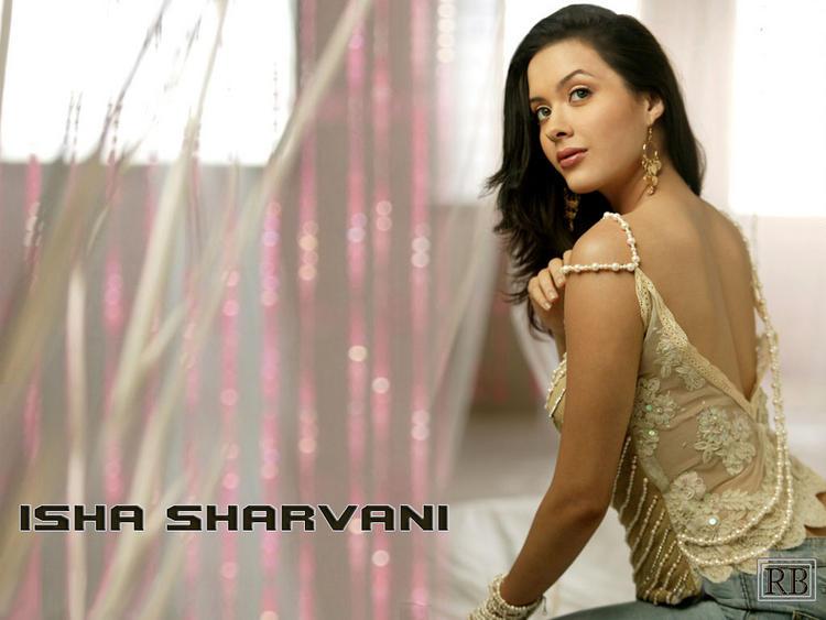 Stylistic Dancer Isha Sharvani Wallpaper