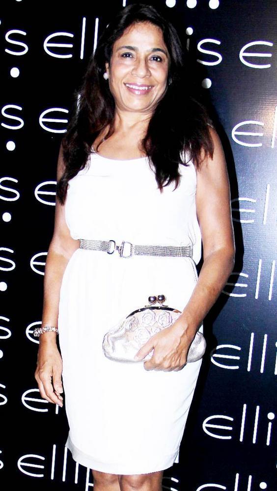 Rashmi Uday Singh Smiling Pic at Opening Of Ellipsis Restaurant