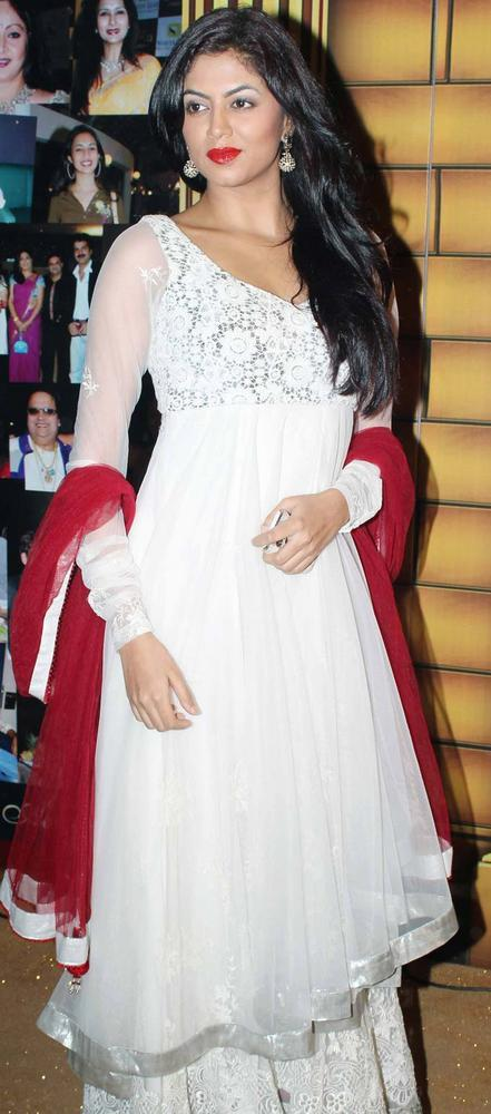 Kavita Kaushik Nice Look At The 5th Boroplus Gold Awards