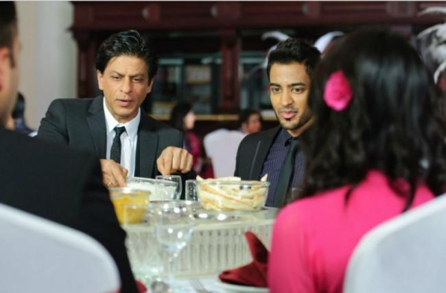 Shahrukh Khan In Chack89 Restaurant In London