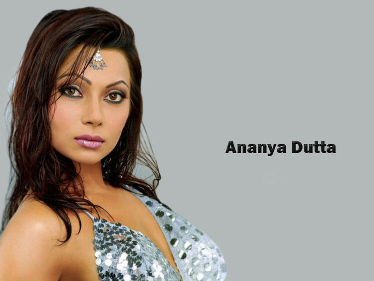 Bold Ananya Dutta Sizzling Sexy Wallpaper