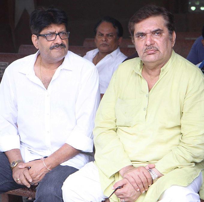 Raza Murad at Funeral Of Filmmaker B R Ishara