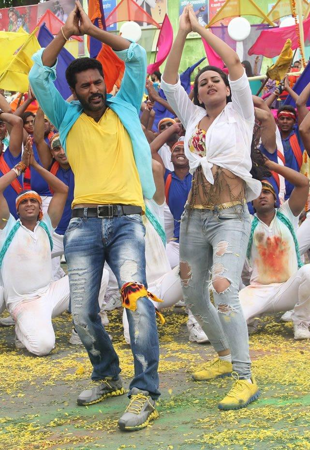 Sonakshi and Prabhu Go Govinda Song Still in OMG
