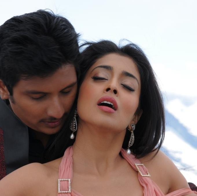 Shriya Saran and Jeeva Hot Scene Pic