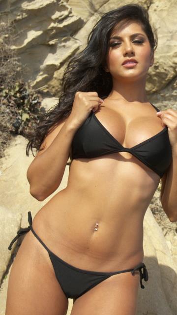 Bikini Babe Sunny Leone Latest Hot Photo Shoot