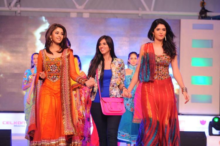 Deeksha Seth With Richa And Nishka Lulla On Ramp
