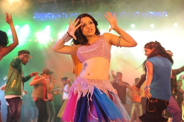 Reshma Sexy Dancing Pic In Jai Shree Ram Movie