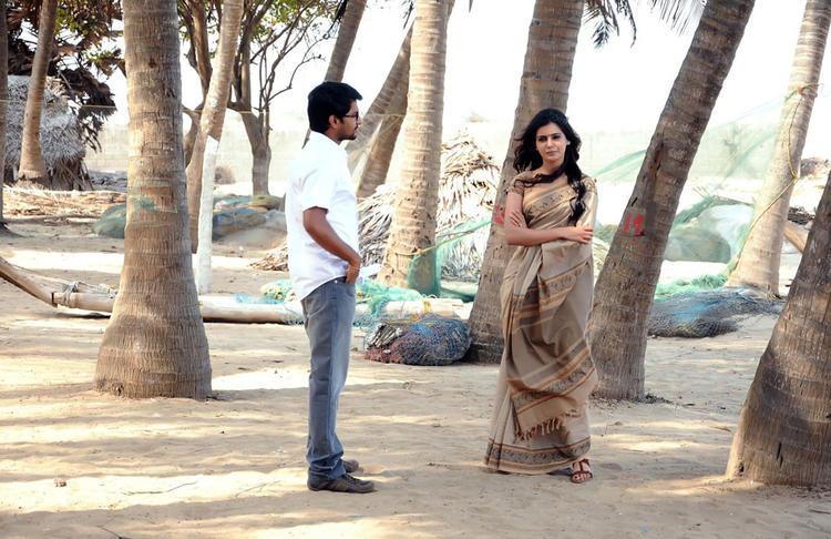 Naveen And Samantha Radiant Look Still From Yeto Vellipoyindi Manasu Movie