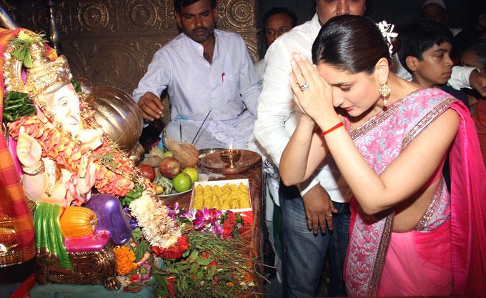 Kareena Kapoor at Sarvajanik Ganesh Utsav Mandal In Mumbai