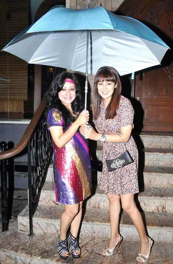 Anjali And Madhuri Pose With Fun At The Launch Of Biba Singhs New Album