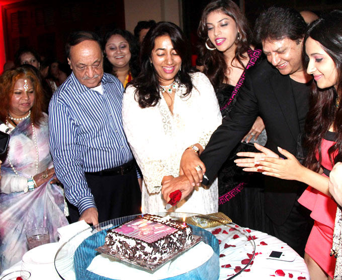 Shashi,Anu And Guests At Their 25th Anniversary Party