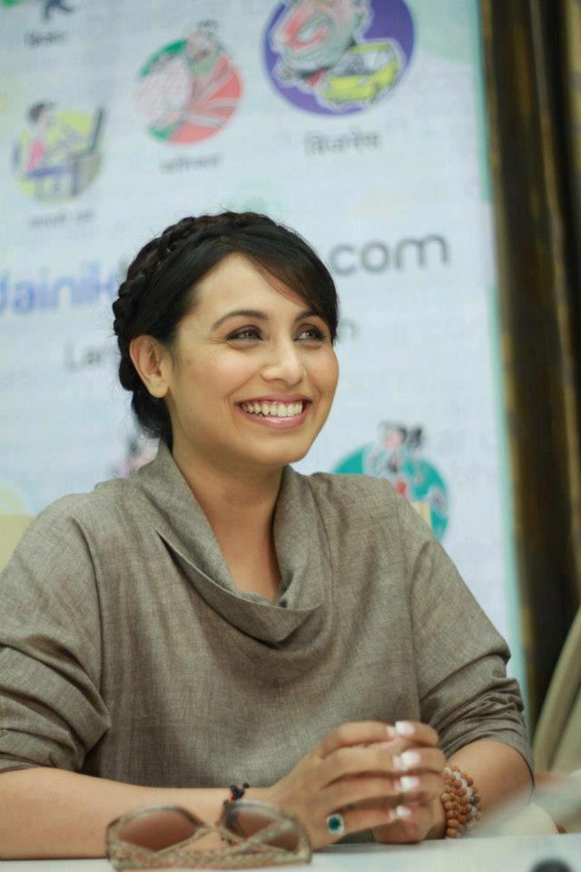 Rani Mukherjee Smiling Pose At Dainik Bhaskar Office