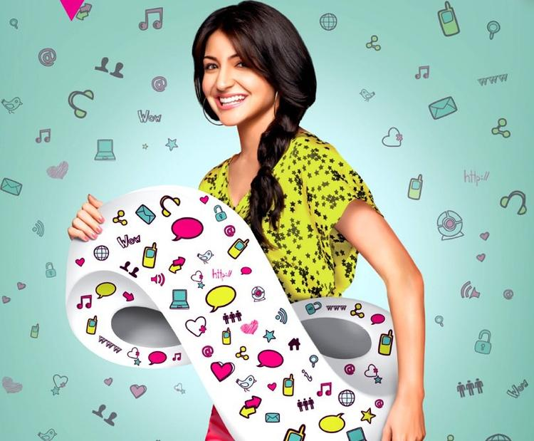 Anushka Sharma Smiling Still For Reliance Mobile