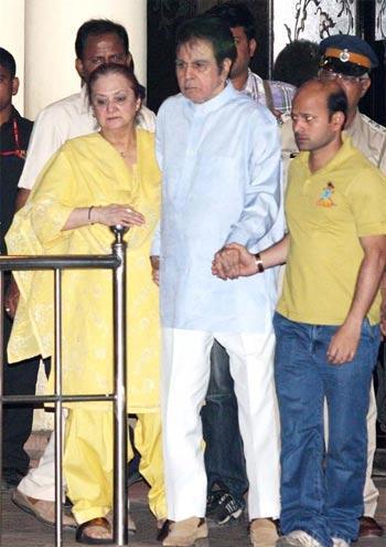 Dilip Kumar at Yash Chopra Funeral