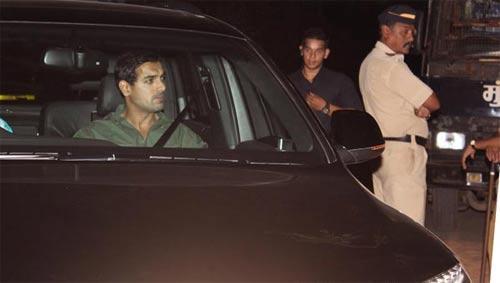 John Abraham Arrives at Yash Chopra Funeral