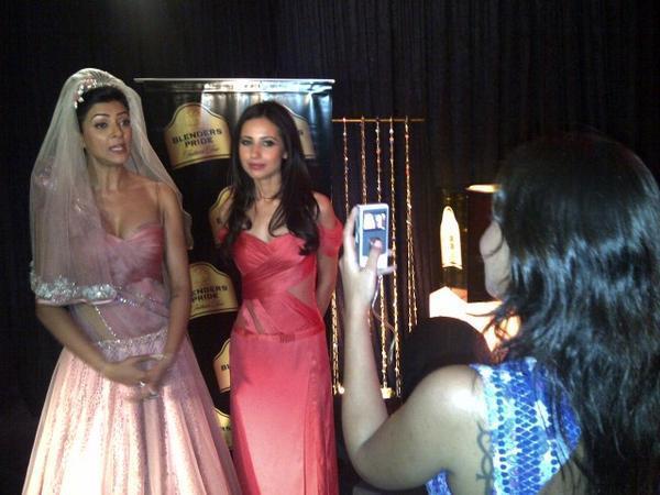 Sushmita And Mandira Give A Pose To A Fan