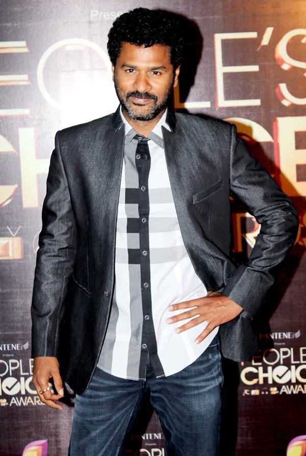 Prabhu Deva Pose For Camera At The People's Choice Awards