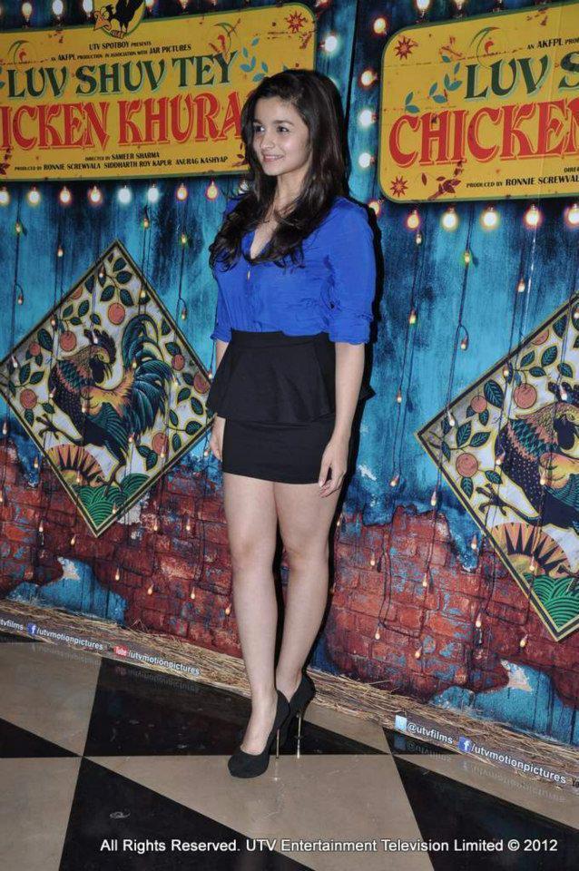 Alia Bhatt At Luv Shuv Tey Chicken Khurana Premiere Show