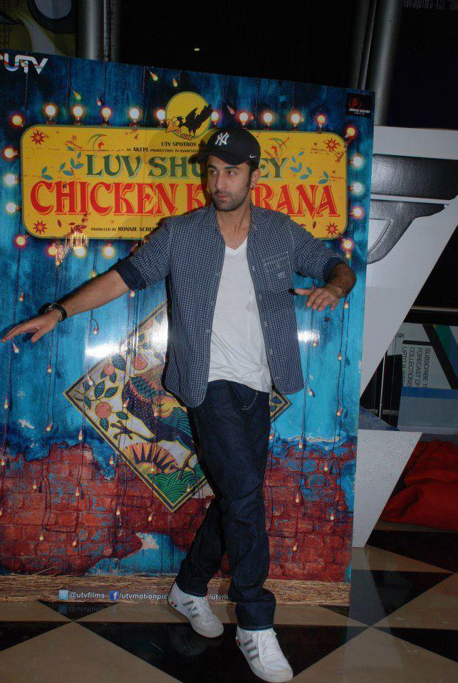 Ranbir Kapoor Rocks At Luv Shuv Tey Chicken Khurana Premiere