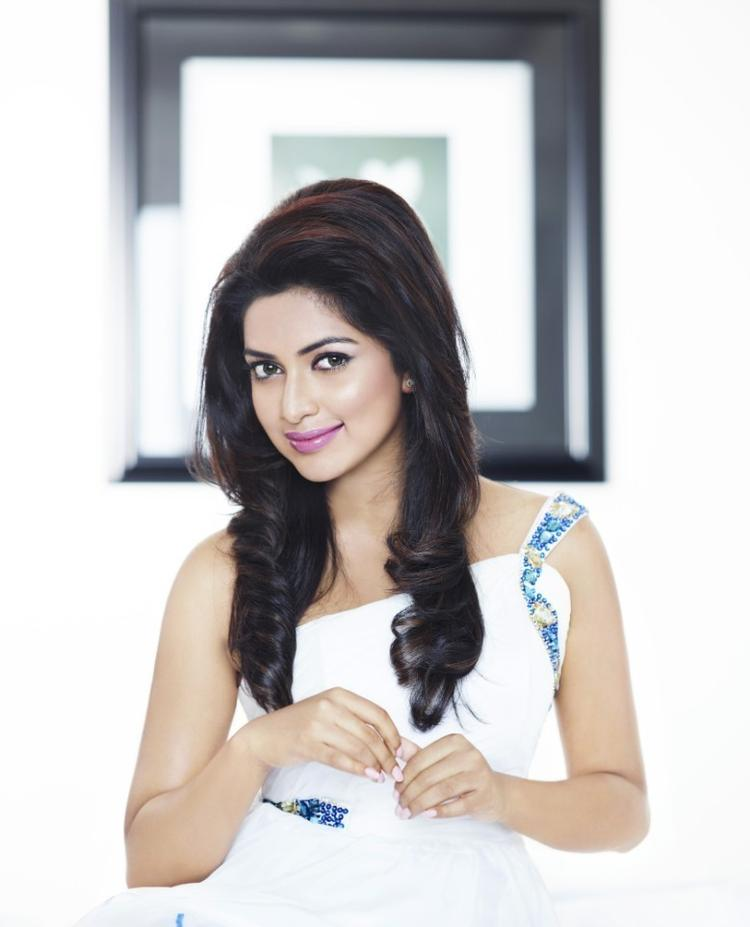 Amala Nice Look With Cute Smiling Still