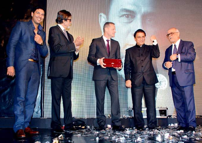 Yuvraj,Amitabh And Sunil During The Launch Of Ulysse Nardin 34 Watches