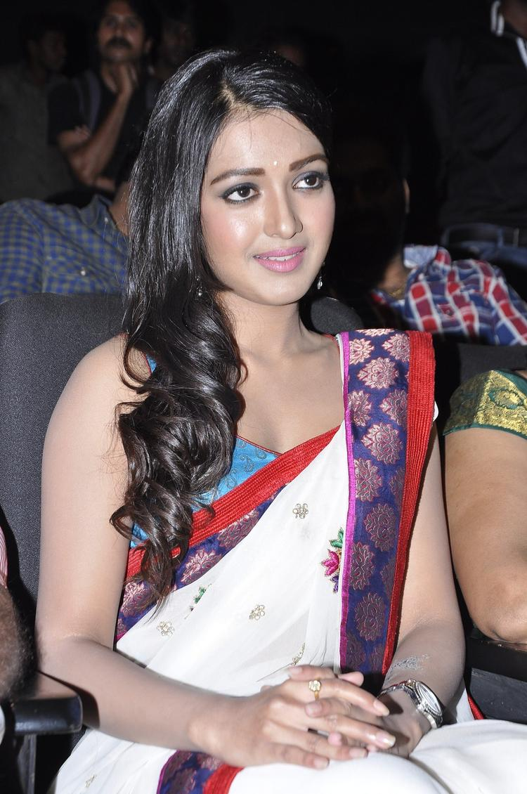 Catherine Trendy Looking Photo Still At Chammak Challo Audio Release Function
