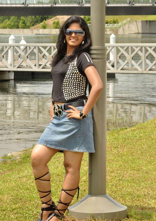 Anjali Fashionable Look Still