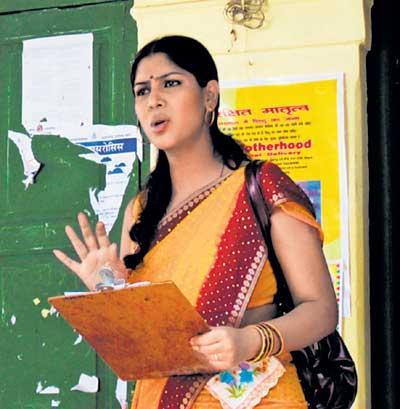 Saakshi Played A Firebrand Municipal Officer In Her Film Debut Saluun
