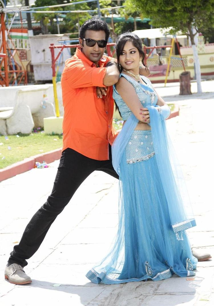 Tarakaratna And Madhavi Latest Still From Chudalani Cheppalani Movie Song