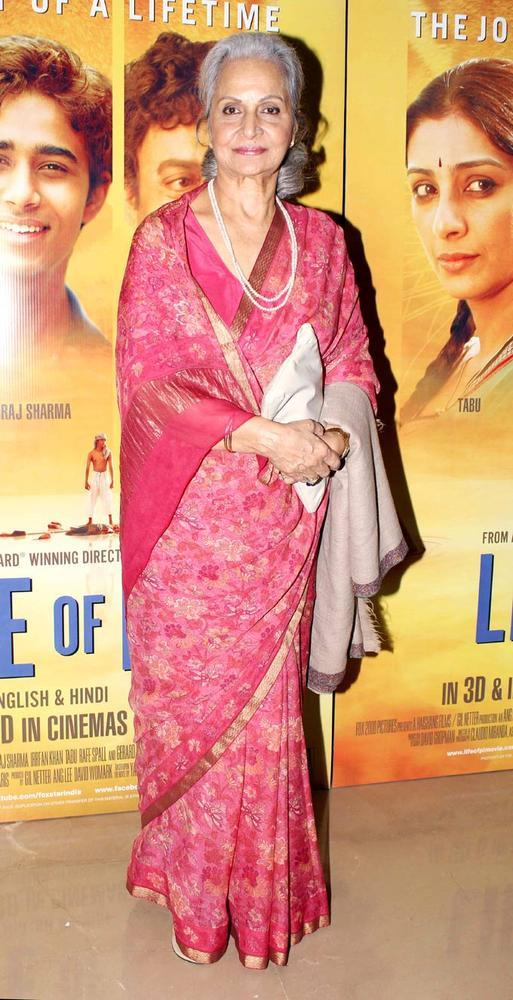 Waheeda Rehman Simply Gorgeous And So Elegant At The Premiere Of Life Of Pi