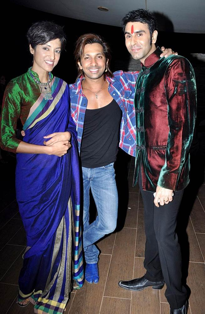 Sandip And Jesse With Terence Smiling Face Look Still On Birthday Bash Party