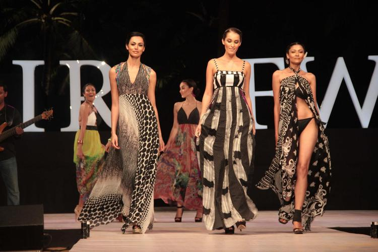 Models In Elegant Gowns Walk For Gogee Vasant At IRFW 2012